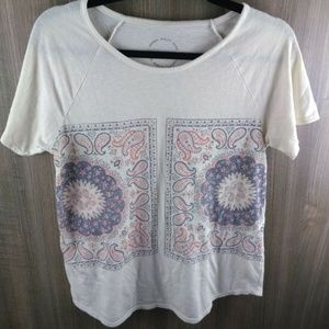 Lucky Brand Paisley Beige & Red Tee Shirt Top Size